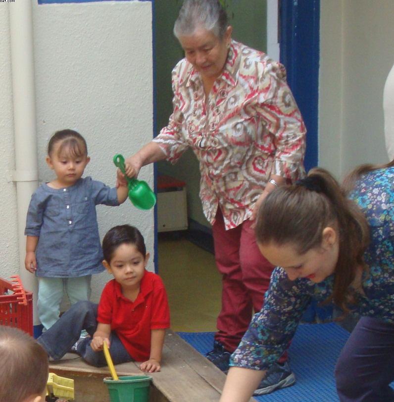 Fmili toro valencia jardin infantil preescolar educaci n for Cascanueces jardin infantil medellin